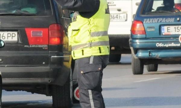 Камиони, таксита, автобуси... МВР проверява наред