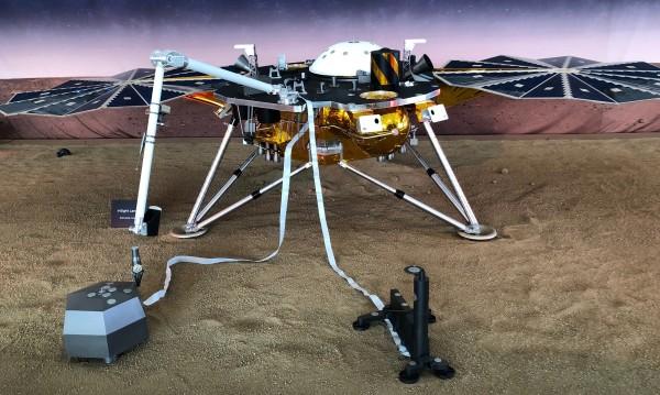 """След """"6 минути на терор"""" InSight разкрива до часове тайните на Марс"""