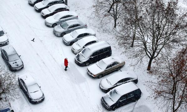 Внимание! Какво не трябва да правим с колата си през зимата?