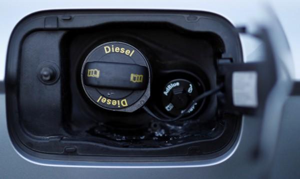 Революция в горивата! VW разработи суперчист дизел