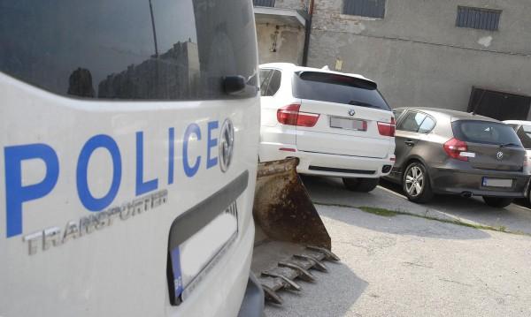 Задържаха трима автокрадци във Варна