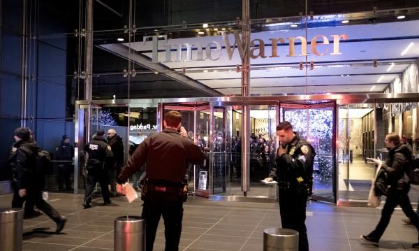 Заплаха! Пет бомби – евакуираха офисите на CNN