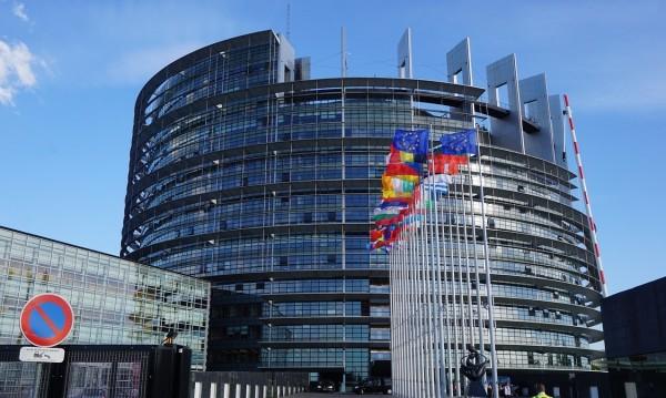 Преди евровота: Какво се случва при патриотите и десните?