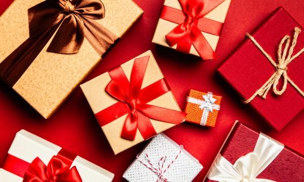 Кои са най-нежеланите коледни подаръци?