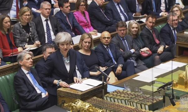 Туск: Няма да предоговаряме споразумението за Brexit