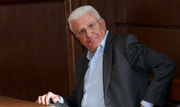 Христо Бисеров си остава с имотите, а и с парите в Швейцария