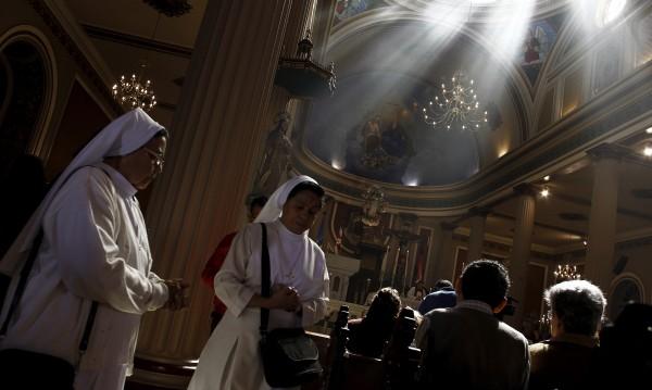 Хазартен глад у US монахини. Свили $500 000 от... училище