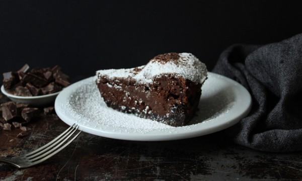 Рецептата Dnes: Лесна шоколадова торта