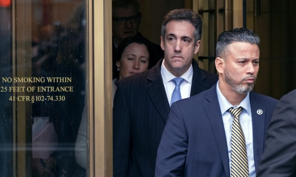 Бившият адвокат на Тръмп влиза за 3 г. в затвора