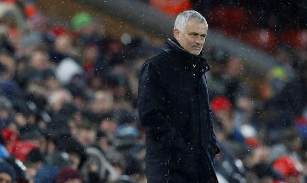 Манчестър Юнайтед се отърва от Моуриньо