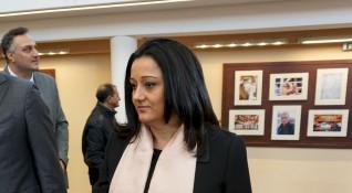 Павлова няма да е министър, сдава поста на 1 януари
