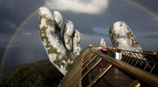 "До Мраморните планини и Златния мост: ""Без будилник"" из Виетнам"