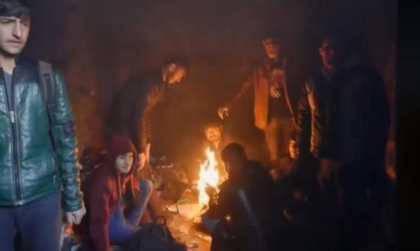 Бежанците в България: Живея сред боклук, но живея добре!
