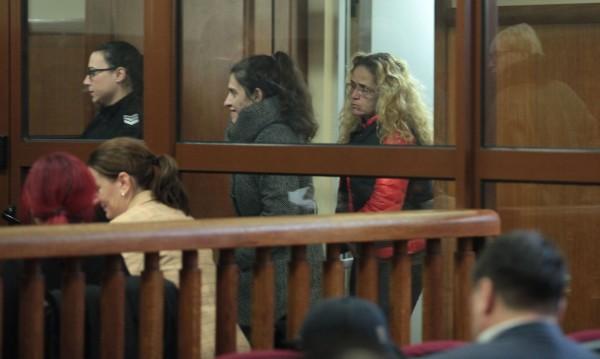 Иванчева и Петрова напуснаха ареста, но докога?