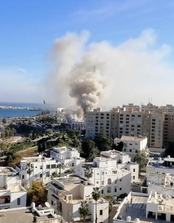 Атентатори самоубийци атакуваха МВнР на Либия