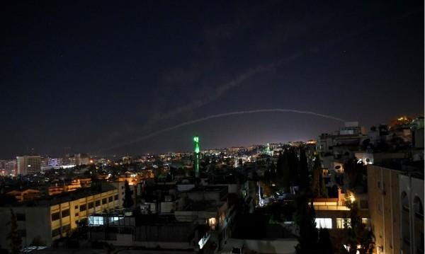 Израел нанесе нови въздушни удари по Сирия