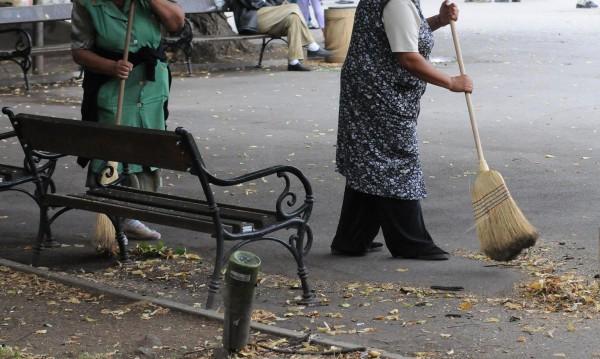 Не щат да метат, да плевят... Мързеливи безработни губят помощи