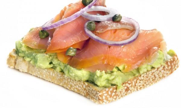 Рецептата Dnes: Запечен сандвич с пушена сьомга