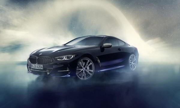 BMW разкри 8-Series от друга планета