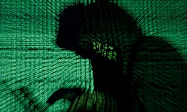 Хакери огласиха лични данни на Меркел и стотици германски политици