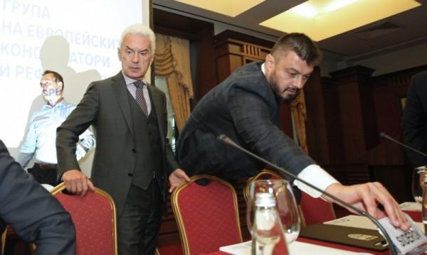 Консерваторът Бареков готов да отвее на евровота и ГЕРБ