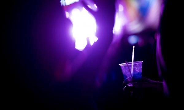 Със закон в Русия забраняват алкохола на прах
