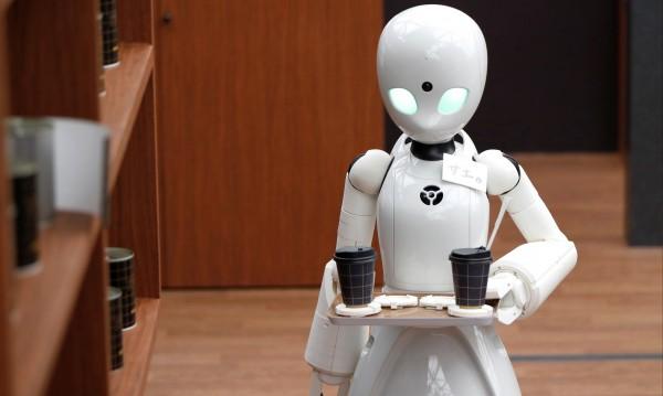 """Новина от бъдещето! Робот """"убит"""" от самоуправляваща се кола!?"""