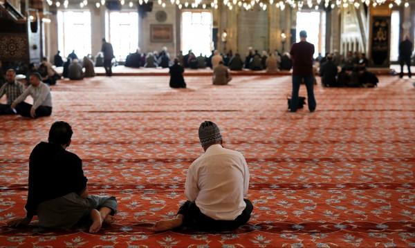 Ердоган се опита да възпита религиозно поколение, а получи...  атеисти!