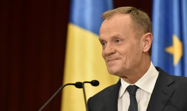 Туск призова румънците на румънски да бранят свободата