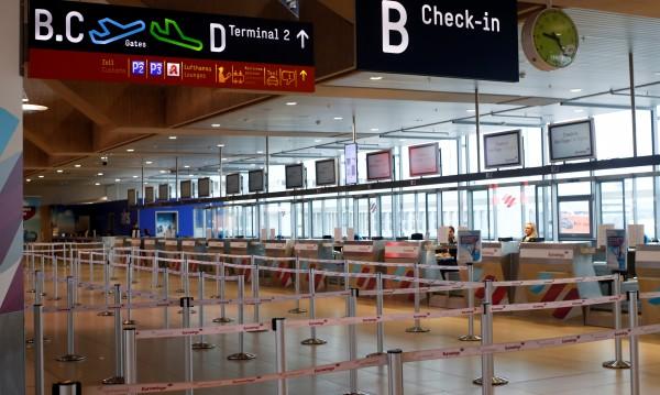 Стотици полети отменени в Германия заради лошото време