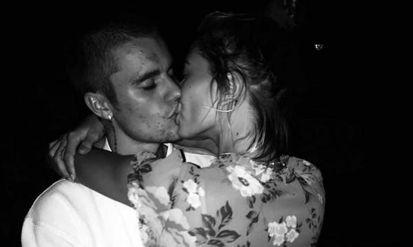 Джъстин и Хейли щастливи, но защо бавят сватбата?