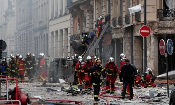 Взрив в парижка хлебарница, има ранени