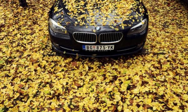 Косово: Ще забраним сръбски коли да влизат при нас!