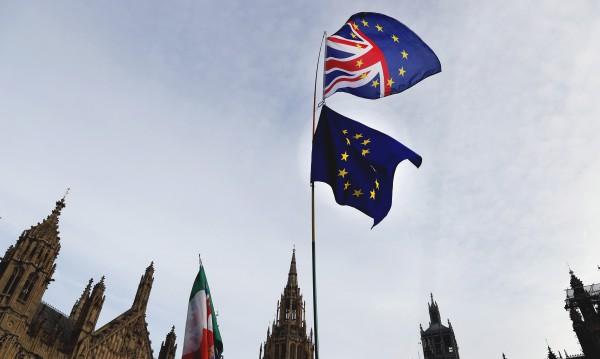 Мей се ядоса: Ако се отхвърли Brexit, ще има катастрофа!