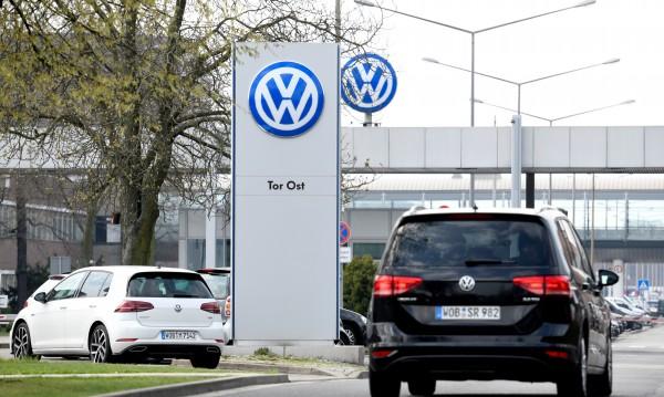 Volkswagen предупреждава: Цените на колите ще скачат!