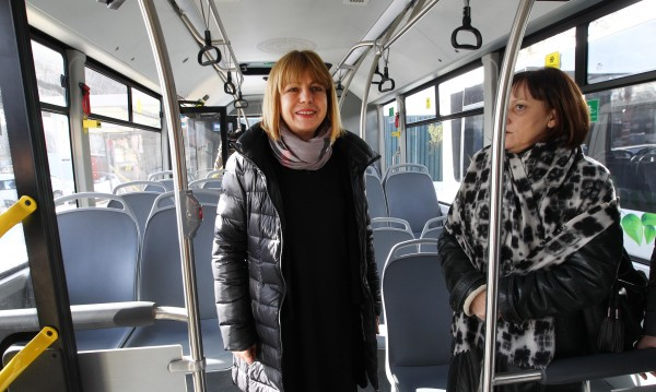 Фандъкова: Вдигаме с 10% заплатите на автобусните шофьори