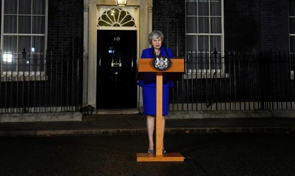 """Шизофренията на Лондон - """"Да"""" и """"Не"""" за Мей"""