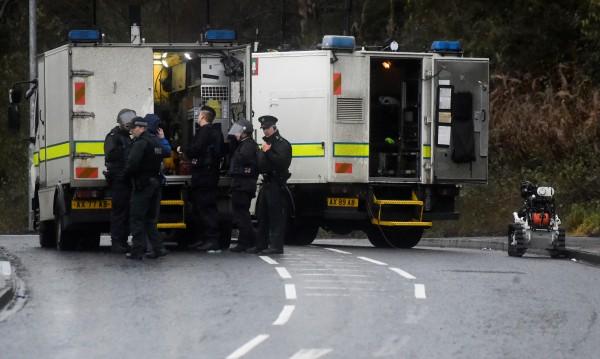 Полицията в Лондондери на крак: Опасност от атентат