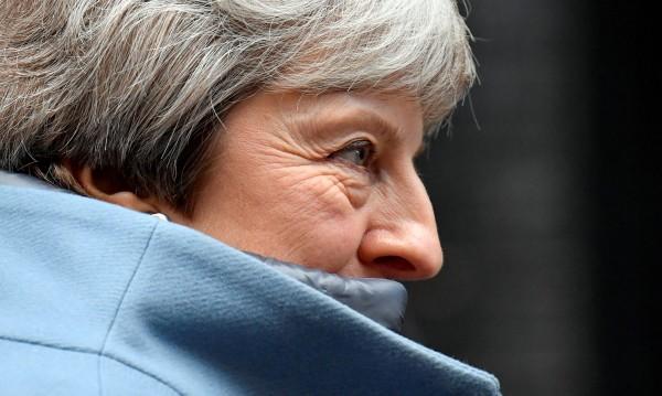 Мей уверява: Brexit няма да се отлага