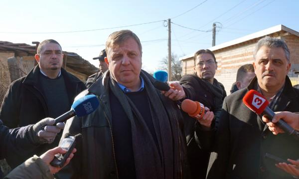"""ВМРО към НФСБ и """"Атака"""": Стига боричкания, обединение!"""