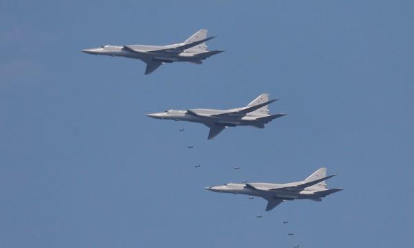 Руски бомбардировач Ту-22М3 катастрофира при кацане