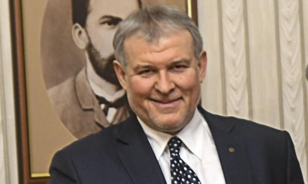 СДС иска: Двукамерен парламент и правомощия за президента