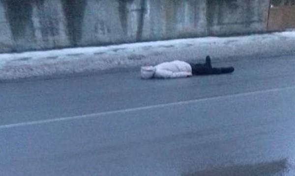 """Психо в Бобов дол! """"Умряла"""" жена на пътя – проси пари от шофьори"""