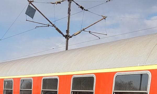 Божидар не издържа! Влаковото селфи му взе живота