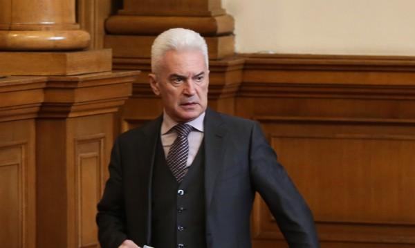 "Сидеров ""номинира"" Симеонов за водач за евровота"