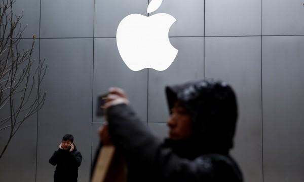 Apple в криза на средната възраст. Нужно е волско търпение!