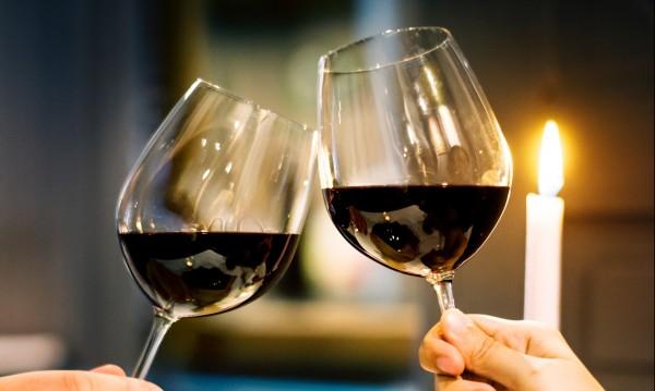 Долу любовта, да живее виното! Трифон Зарезан отвя Св. Валентин