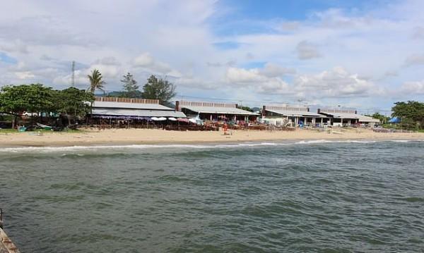 Зловещо: Обезглавени мъже и женска глава в тайландски курорт