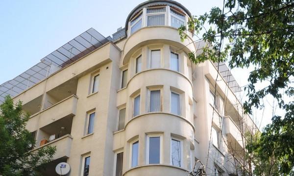 Застраховаме ли имотите си и как финансираме покупката на ново жилище?