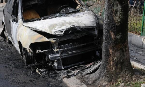 Полицията залови криминално проявен за палеж на автомобил